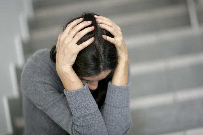 crying audinių gydymas žolė ant sąnarių skausmas