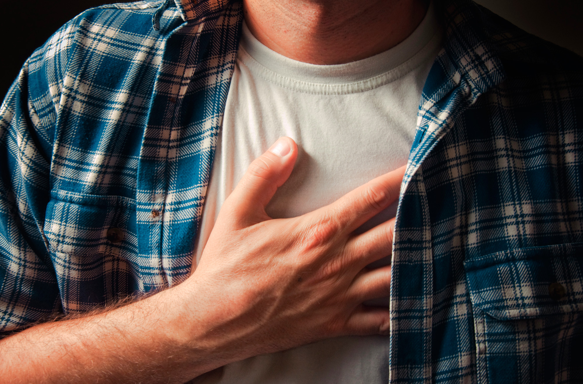 skauda krutine tirpsta ranka
