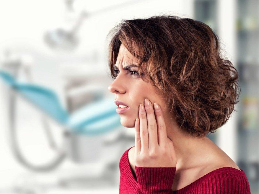 žandikaulio sąnarių skausmas po odontologą