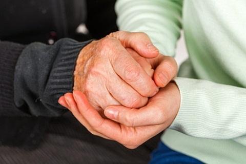 kokie iš rankų sąnarių ligų mazi atsižvelgiant į sąnarių traumų