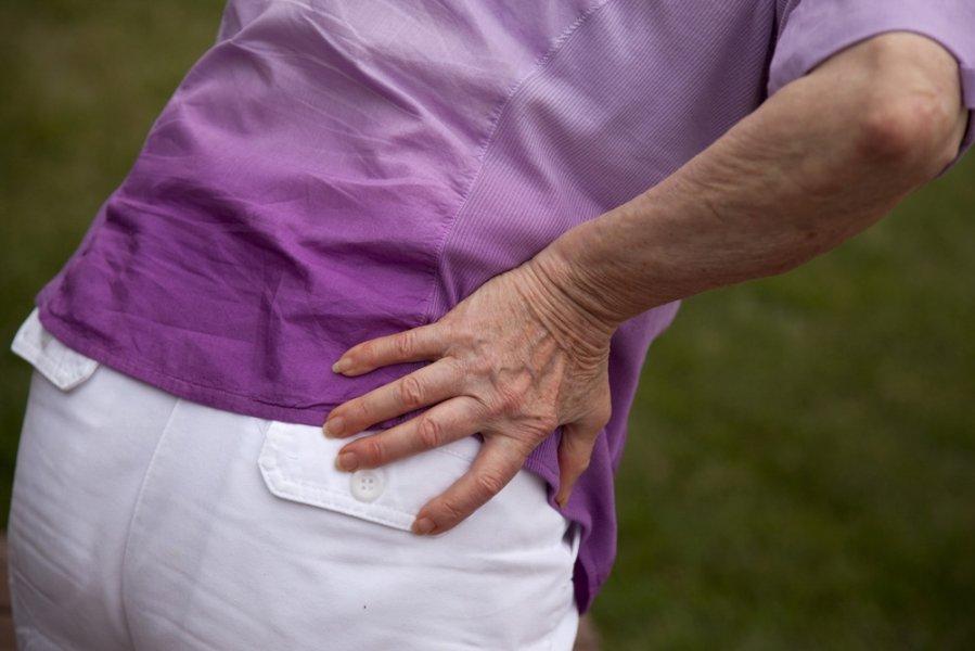tirpimas rankose ir sąnarių skausmas tepalas su skausmo kaklo su osteochondroze