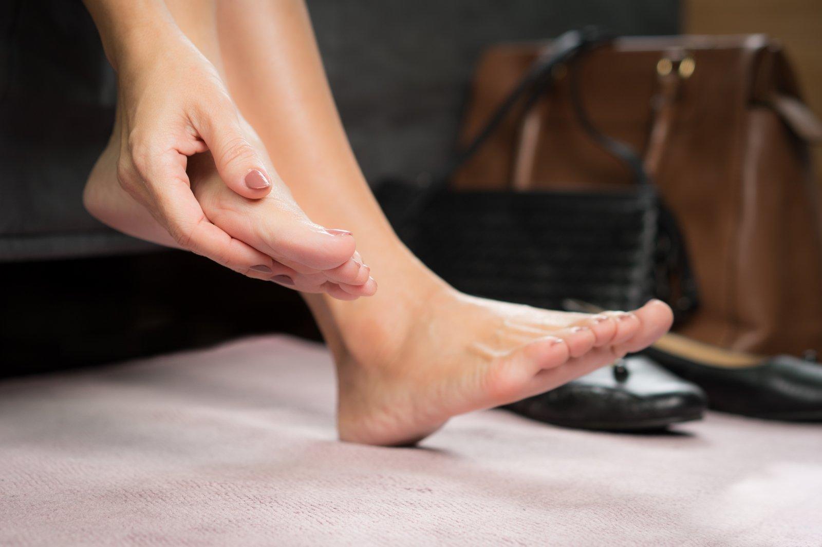 tinimas ligų sąnarių celiakijos ir sąnarių skausmas