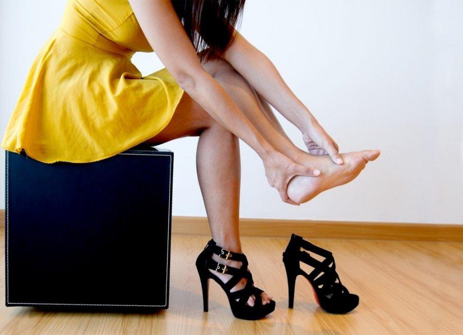 skauda sąnarį pėdos ką daryti