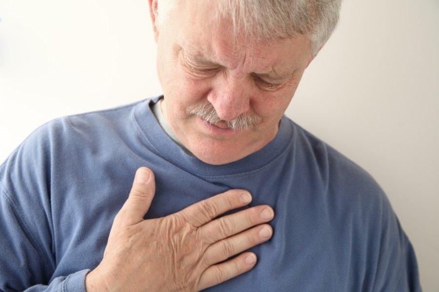 skausmas ikvepiant kaireje puseje metodai pašalinti uždegimas sąnario