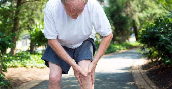 gonartrozės sąnarių liga gerklės sąnarių dešinėje gydymo