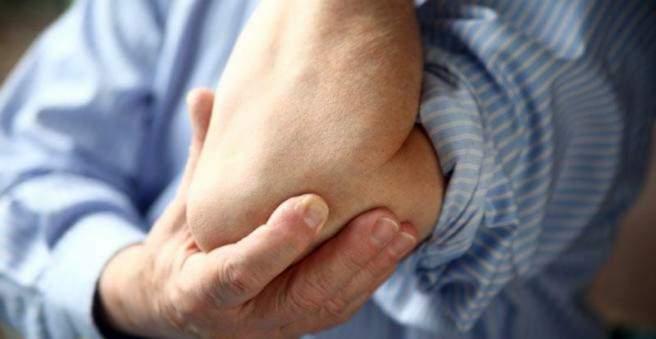 gelis bursit alkūnės sąnario stiprus skausmas didžiuoju pirštu sąnario
