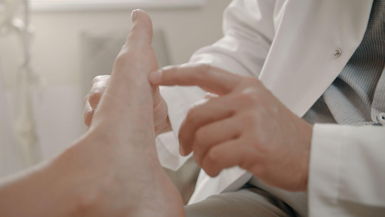 ką daryti kai jūsų sąnariai skausmas gydymo grupėse