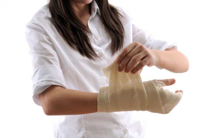 rankos ties ranka ranka sąnario ką artritas atrodyti ant pirštų