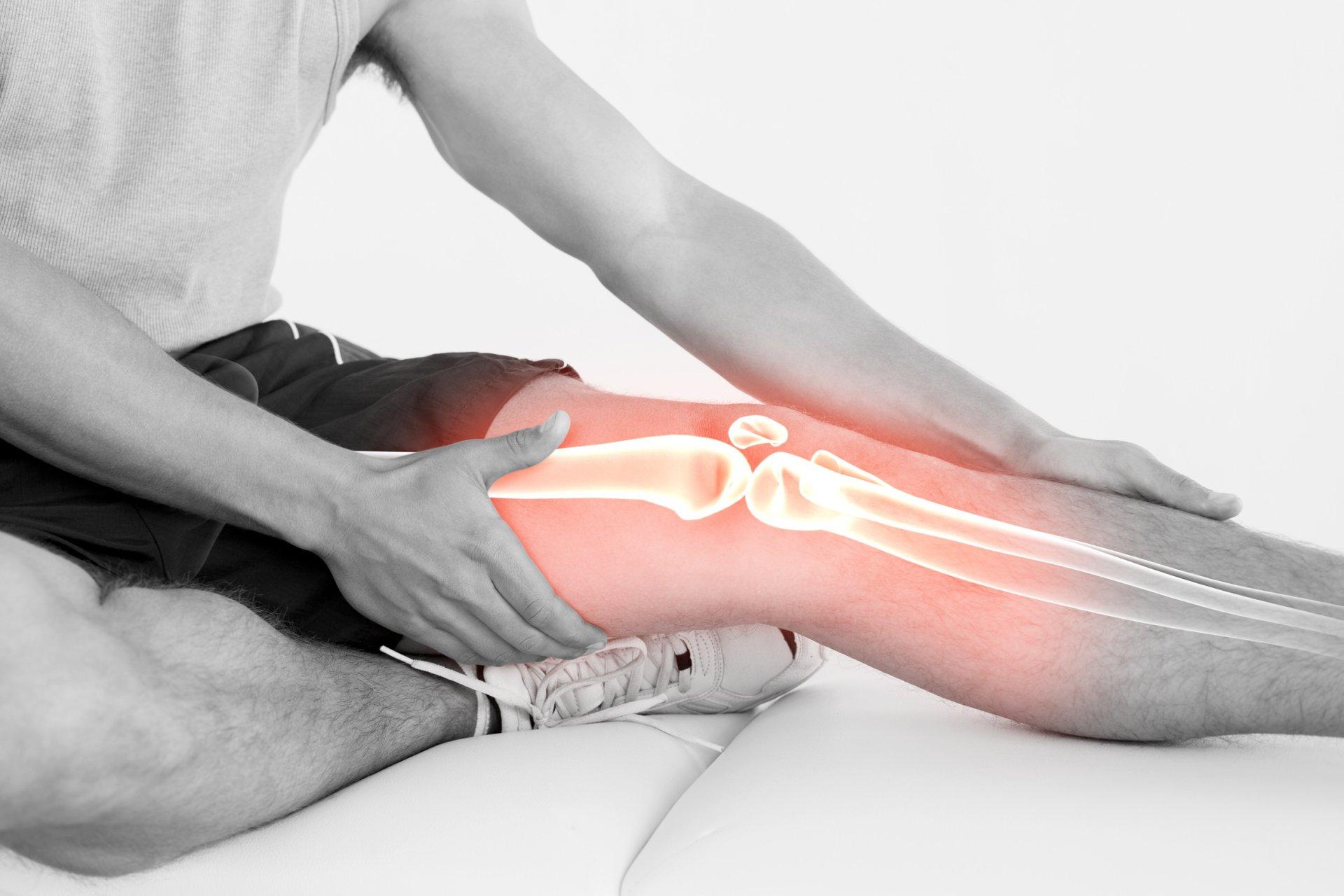 klajojo skausmą sąnariuose bei raumenyse
