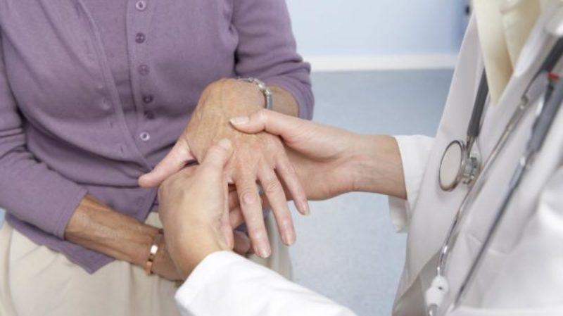 artrito gydymui tepalas rankos pirštų