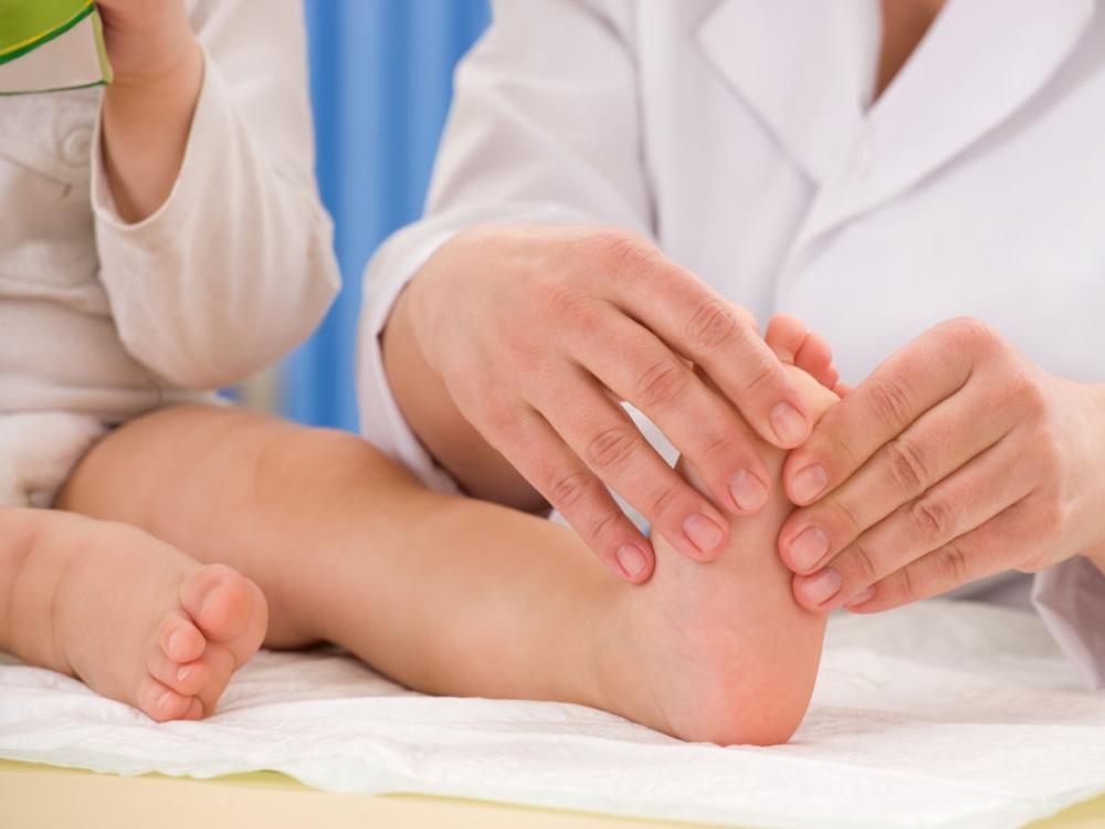 artrozė pėdos plokščiu maisto gydymas namuose artritas šepečiai ir sąnarių kas tai