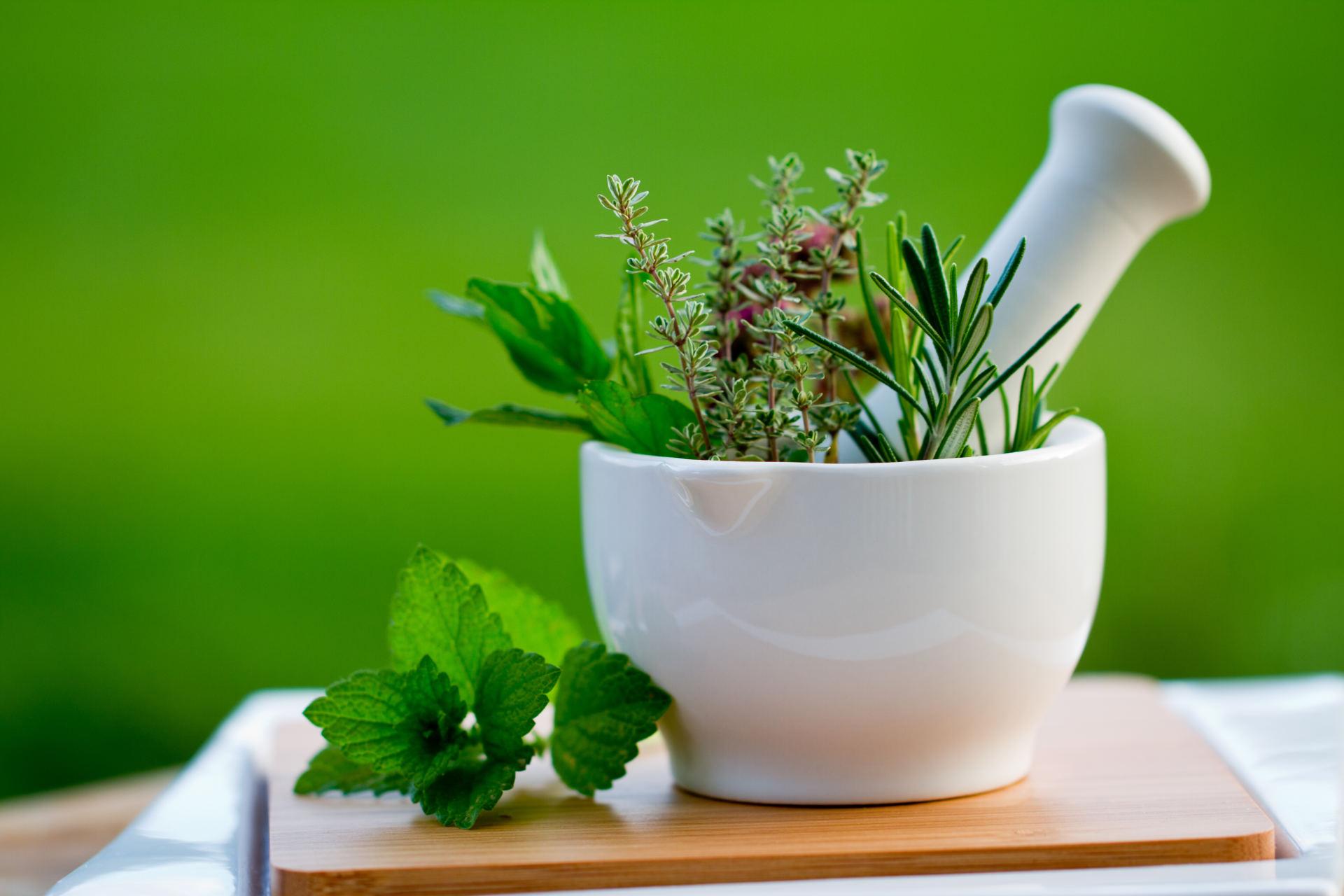 vaistažolių preparatų sąnarių kas tepalas padeda sąnarių skausmas