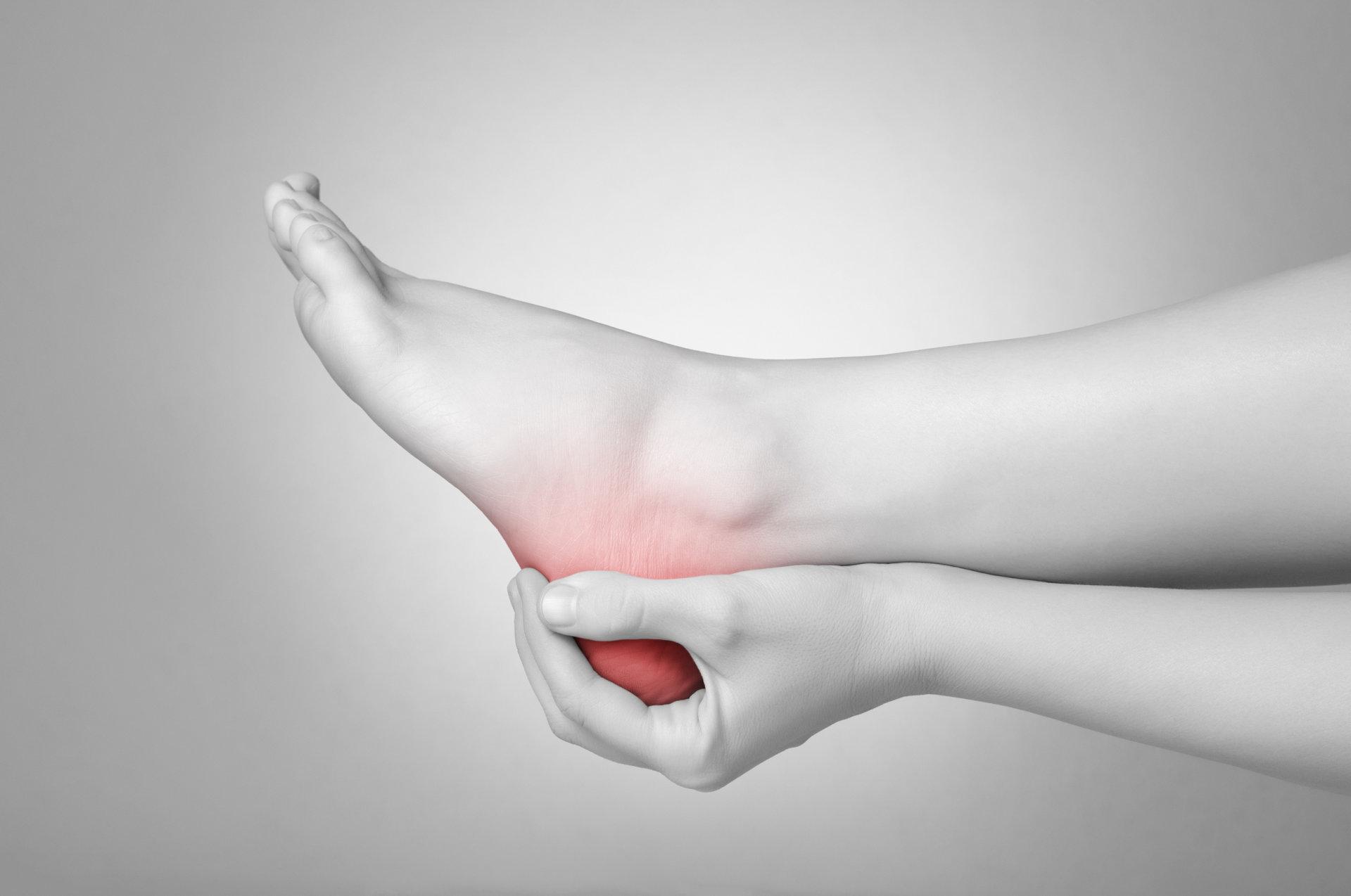 skausmas alkūnės sąnario išorėje lankstymo ir pratęsimo eleks visų sąnarių