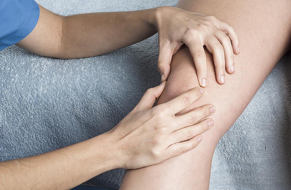 skauda sąnarį į kairysis sėdmenų polyosteoarthrosis sąnarių pėdos gydymo