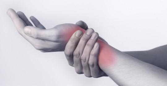skausmas venų ir sąnarių ranka šepečiai gerklės sąnarių ir nugarinės ką daryti
